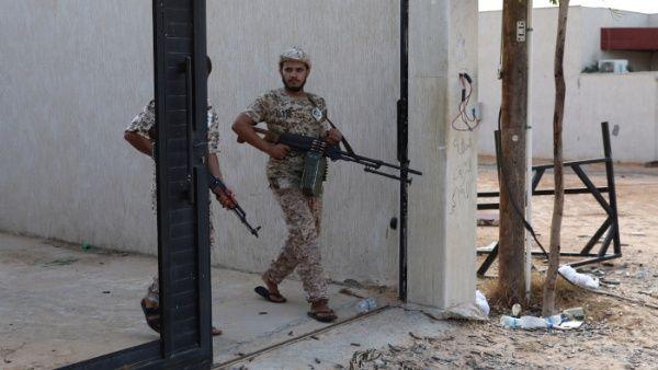 Ataque a academia militar en Libia deja 42 muertos