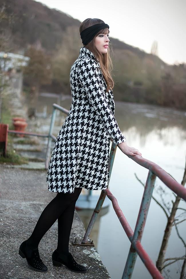Modeblog-Deutschland-Deutsche-Mode-Mode-Influencer-Andrea-Funk-andysparkles-Berlin-Turband-Stirnband-Hahnentrittmuster-Mantel