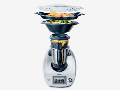 Robot nấu ăn thông minh nhất thế giới về VN với giá 38 triệu