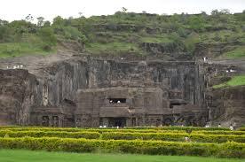 दुनिया का सबसे रहस्यमई शिव मंदिर