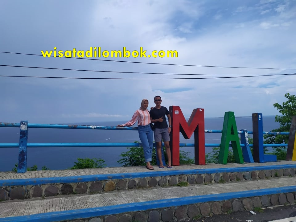Tour Honeymoon Lombok 4H3M