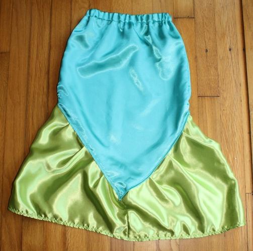Life With Lucie Ella Diy Mermaid Costume Mermaid Tail Skirt Part 2