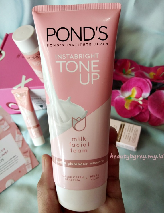 Review Pond's Instabright Tone Up Milk Facial Foam Di Kulit Normal