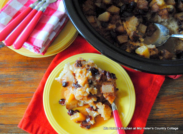 Slow Cooker Fruit Pudding Cake at Miz Helen's Country Cottage