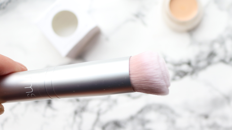 RMS Beauty skin2skin Foundation Brush review