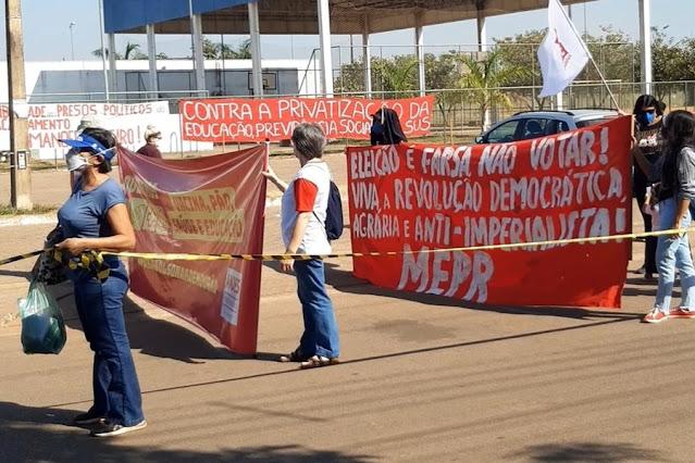 Manifestantes protestam em Porto Velho contra o governo Bolsonaro e a favor da vacina