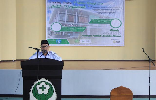 Direktur PKM Melaunching Gerakan Poltekkes Makassar Mengaji dan Sholat Berjamaah