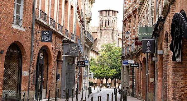 Pris à partie par trois individus armés d'une machette à Toulouse, sa main est «entièrement sectionnée»