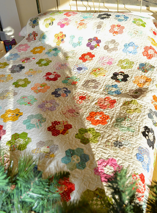 Hexagon Flower Quilt Free Tutorial