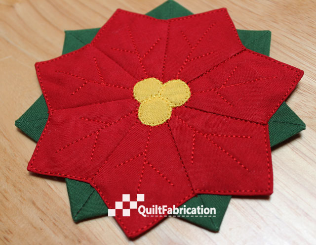 Dresden plate Poinsettia Coasters by QuiltFabrication