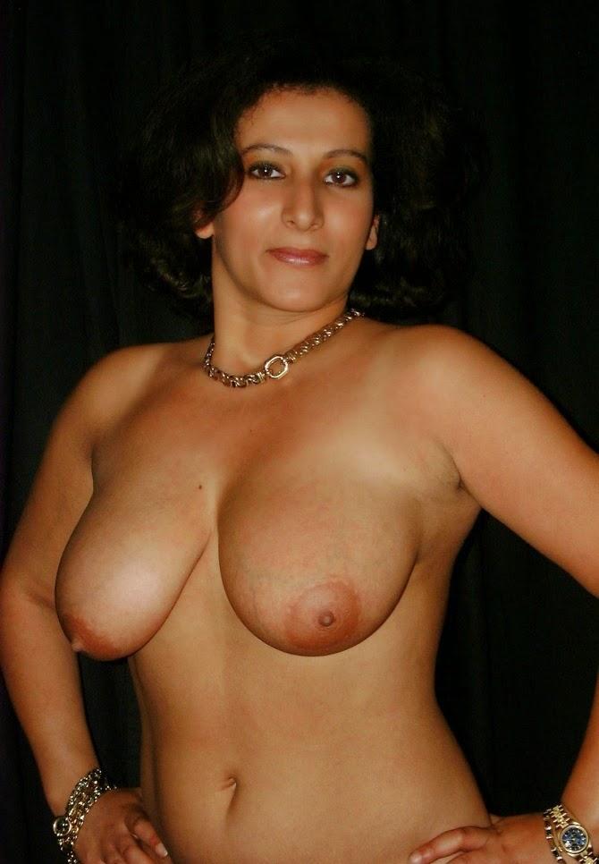 Arabic girls naked