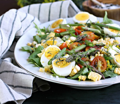 Market Salad with Eggs, Asparagus, Corn and Mizuna