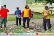 Wakil Bupati Soppeng Bersama Polsek Donri-Donri Melaksanakan Kerja Bakti di Pasar Tajuncu