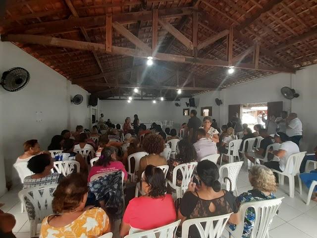 REVOLTA: PADRE FRANCISCO LIMA É UM DITADOR