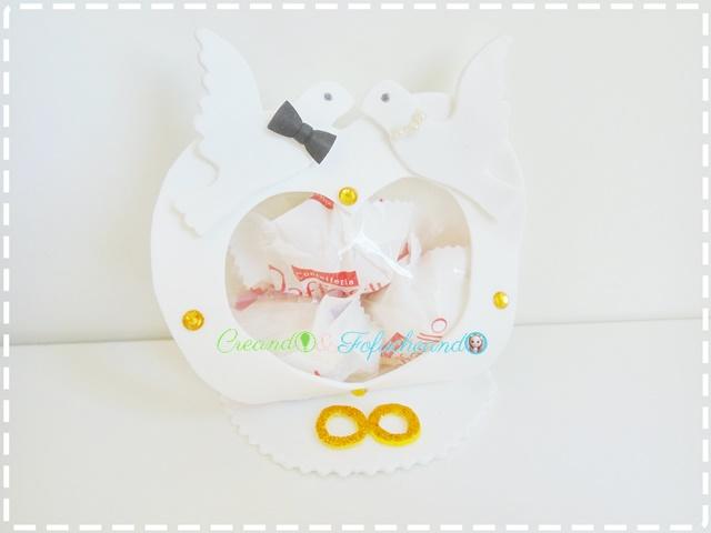 Bombonera-3-ideas-de-manualidades-para-bodas-en-goma-eva-creandoyfofucheando