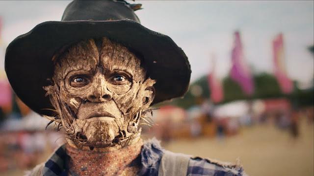 Robot & Scarecrow - Corto