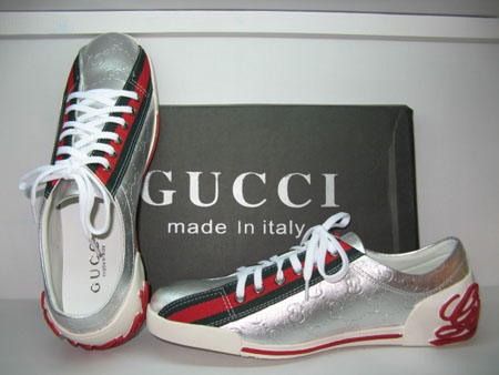 817ed66e091 O Sapato ao seus pés!!!  Gucci Shoes