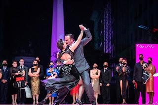 Los campeones mundiales 2021 de Tango de Pista Agustín Agnez y Bárbara Ferreyra