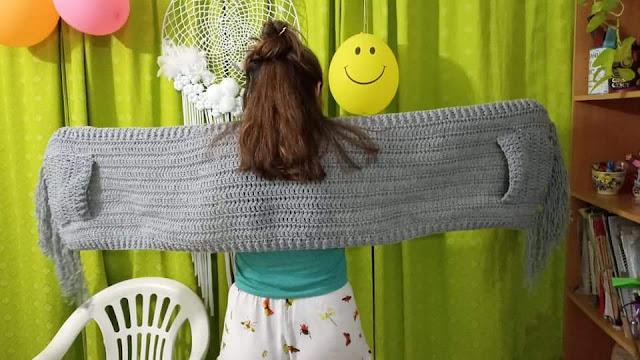 Crochet Hooded Pocket Scarf free tutorial