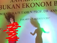 Begini Respons Anwar Nasution Soal Penari Seksi di Acara Peluncuran Bukunya