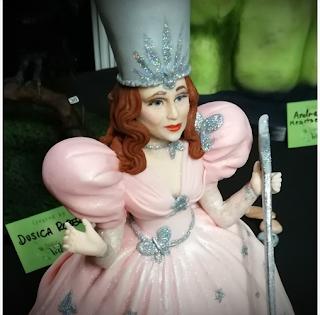 Glinda la Bonne Sorcière du Sud - Danielle Lechuga de Cup'N Cake