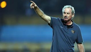 Mantan Pelatih Timnas Indonesia, Alfred Riedl Meninggal Dunia