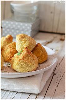 Coxinhas brasileñas recipe- Coxinhas brasileñas receta-Coxinha ( chicken balls) -las Coxinhas brasileñas-croquetas de pollo de brasiñ Coxinhas brasileñas
