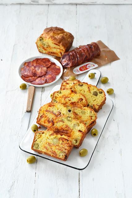 Cake au chorizo comté et olives parce qu'il est peut-être temps de redécouvrir le chorizo…