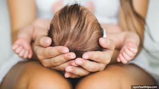 minyak kelapa murni nyaklentik melebatkan rambut