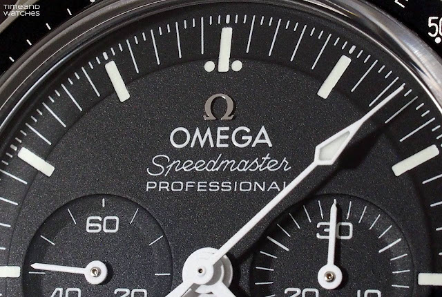 The step dial of the Omega Speedmaster Moonwatch 2021