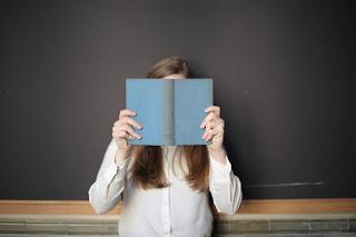 Persiapan Menerbitkan Buku Sendiri yang Penting Diketahui