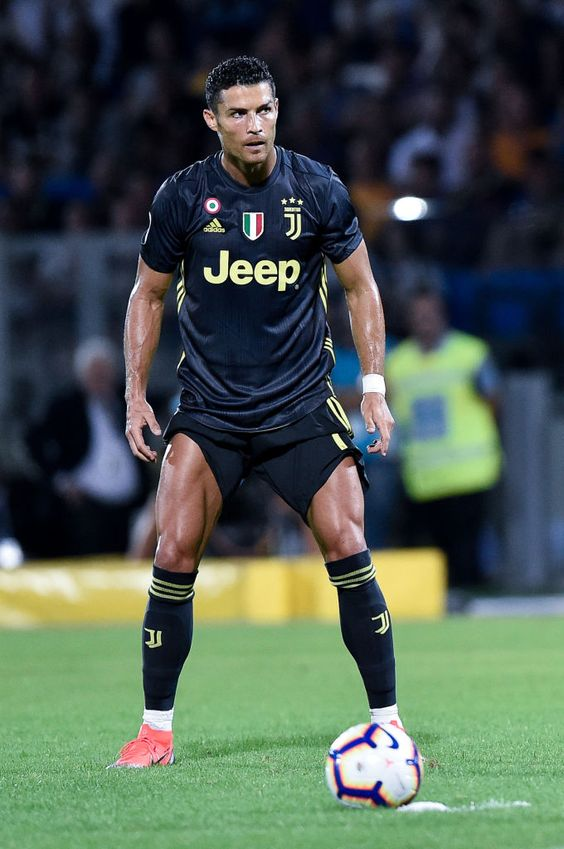 The Reasons Why We Love Cristiano Ronaldo Dos Santos Aveiro.