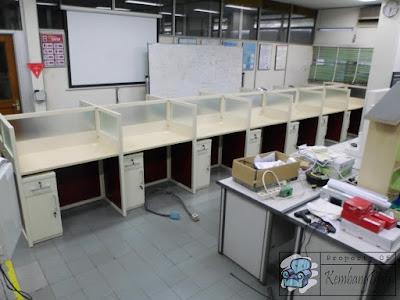 Meja Sekat Kantor Dengan Kabinet Harga Diskon ( Furniture Semarang )