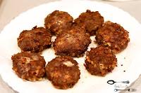 burgery, BURGERY Wołowe, cebula, czosnek, dania obiadowe, dobry obiad, mięso wołowe, pomysł na obiad, prosty przepis na obiad, ser żółty, szybki obiad,