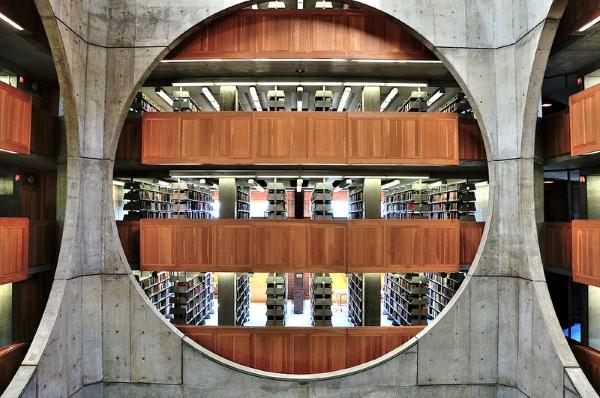 biblioteca exeter-louis kahn-architettura