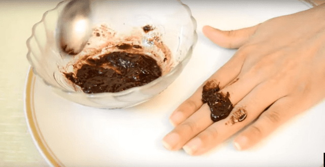 DIY Scrub for Dark Knuckles, Dark Elbows, Knees & Dark ankles