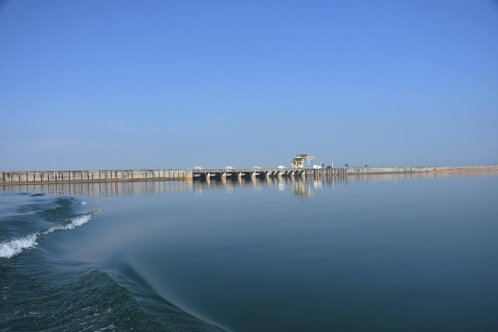 Hồ thủy điện Sê San 4.