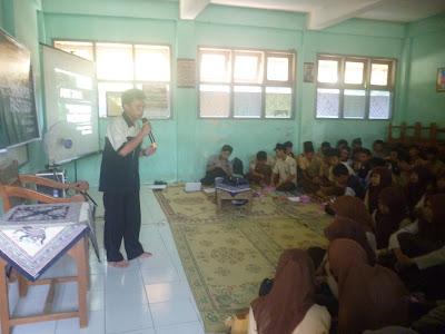 Achievement Motivation Training untuk Calon Mahasiswa Desa Rowosari
