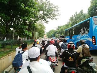 Waduh .. Polres Karanganyar Dikabarkan Larang Keras Pengusaha Bus Angkut Pedemo 2 Desember Nanti - Commando