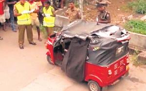 Dead body of youth in pool of blood | Gossip Lanka News