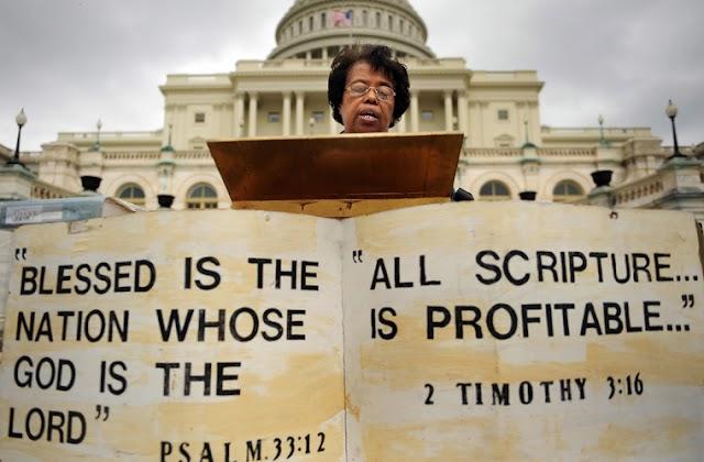 Igrejas e legisladores participam da Maratona de Leitura da Bíblia de 90 horas nos EUA
