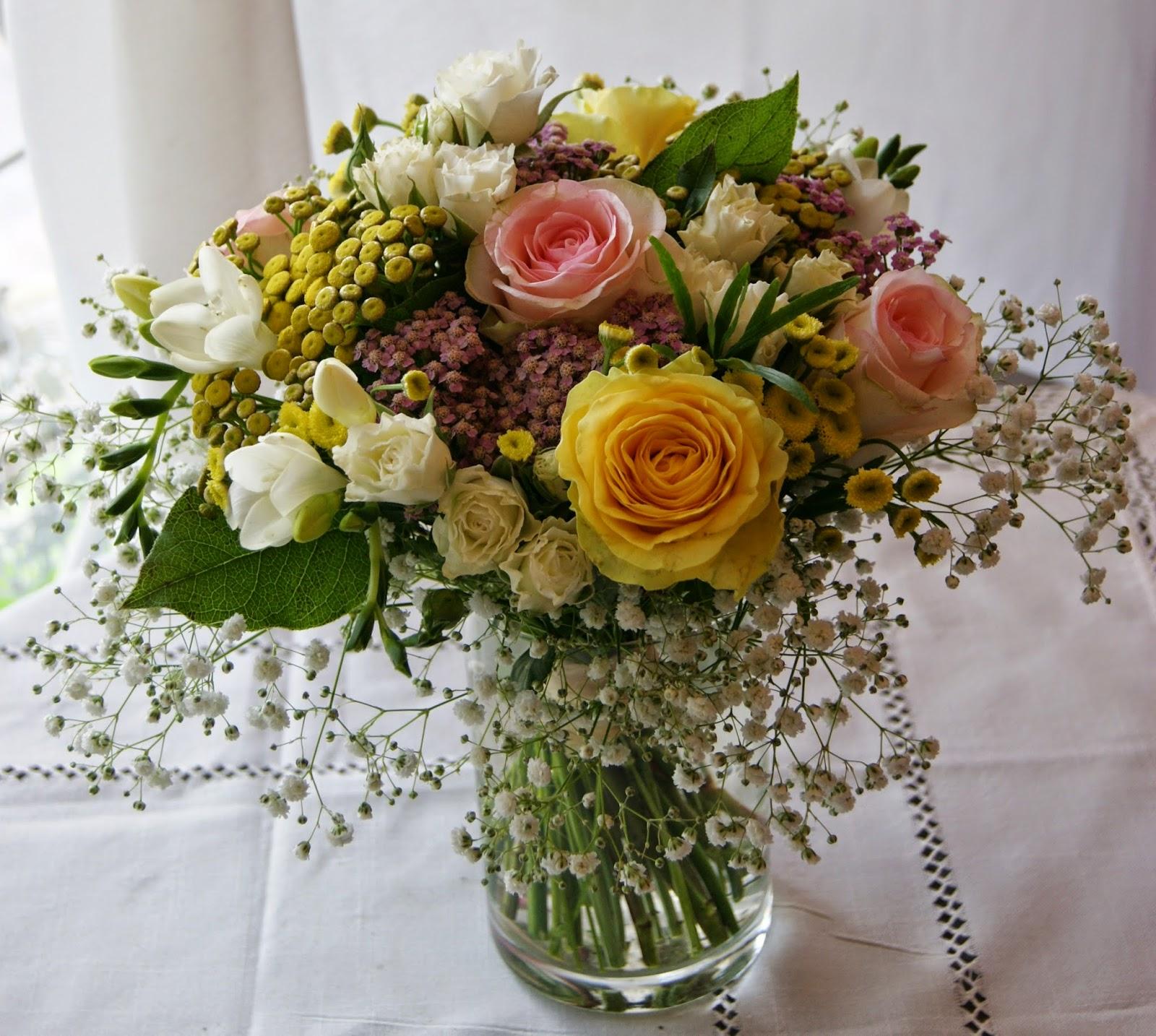 des magnolias sur ma voie lact e bouquets bapt me girlie champ tre acidul. Black Bedroom Furniture Sets. Home Design Ideas