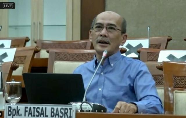 Faisal Basri Sebut Pertamina Rugi Gara-Gara Pemerintah Tak Bayar Utang