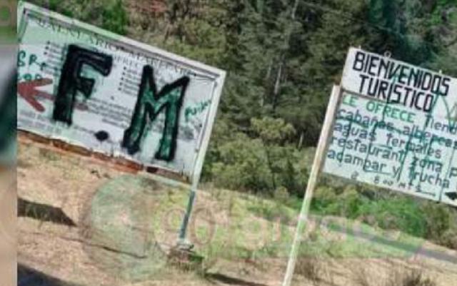 """Hasta el precio del Pollo El CJNG reitera su presencia en el Oriente de Michoacán y acusa cuotas a casas, conductores por La Familia Michoacana y Los Correa """"cuando llegamos salen corriendo como gallinas"""""""