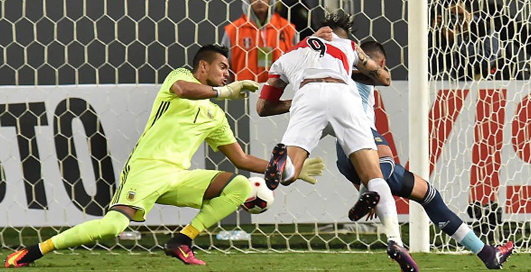 Kết quả hình ảnh cho Sergio Romero in yesterday's World Cup qualifiers match