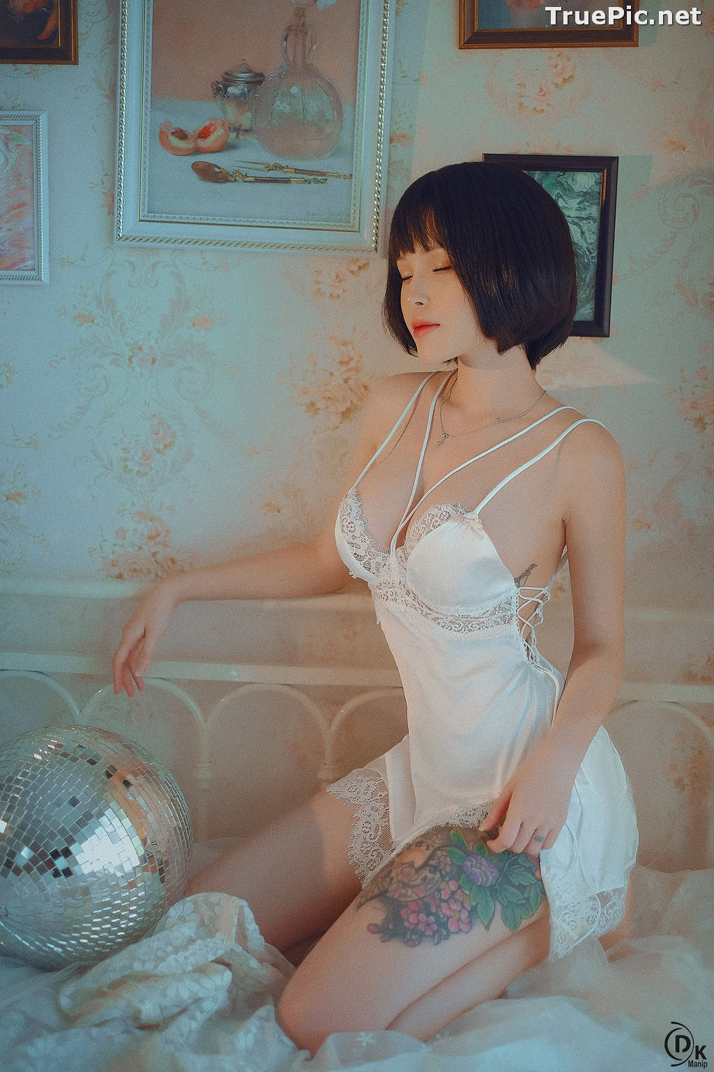 Image Vietnamese Model – Cute Short-haired Girl in White Sexy Sleepwear - TruePic.net - Picture-2