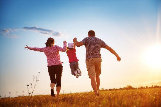 Cara membangun keluarga harmonis dalam rumah tangga