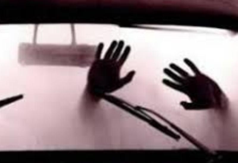 Viral di Media Sosial! Oknum Anggota DPRD Ini Digerebek Istri Sah saat Selingkuh di Dalam Mobil