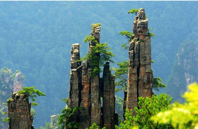 اين تقع جبال تيانزي الصين