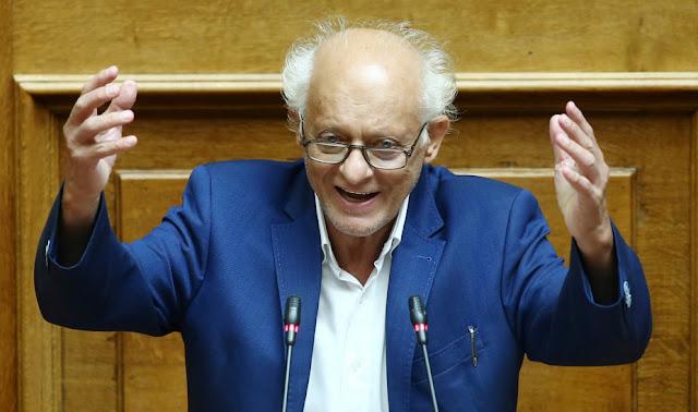Κάτι πίνουν οι άνθρωποι, δεν εξηγείται διαφορετικά - Λάππας (ΣΥΡΙΖΑ): Τι αδίκημα διαπράττει κάποιος που απλώς κουβαλάει μολότοφ;